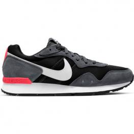Zapatillas Nike Venture Runner Ck2944 - Black/iron Grey-Flash Cri